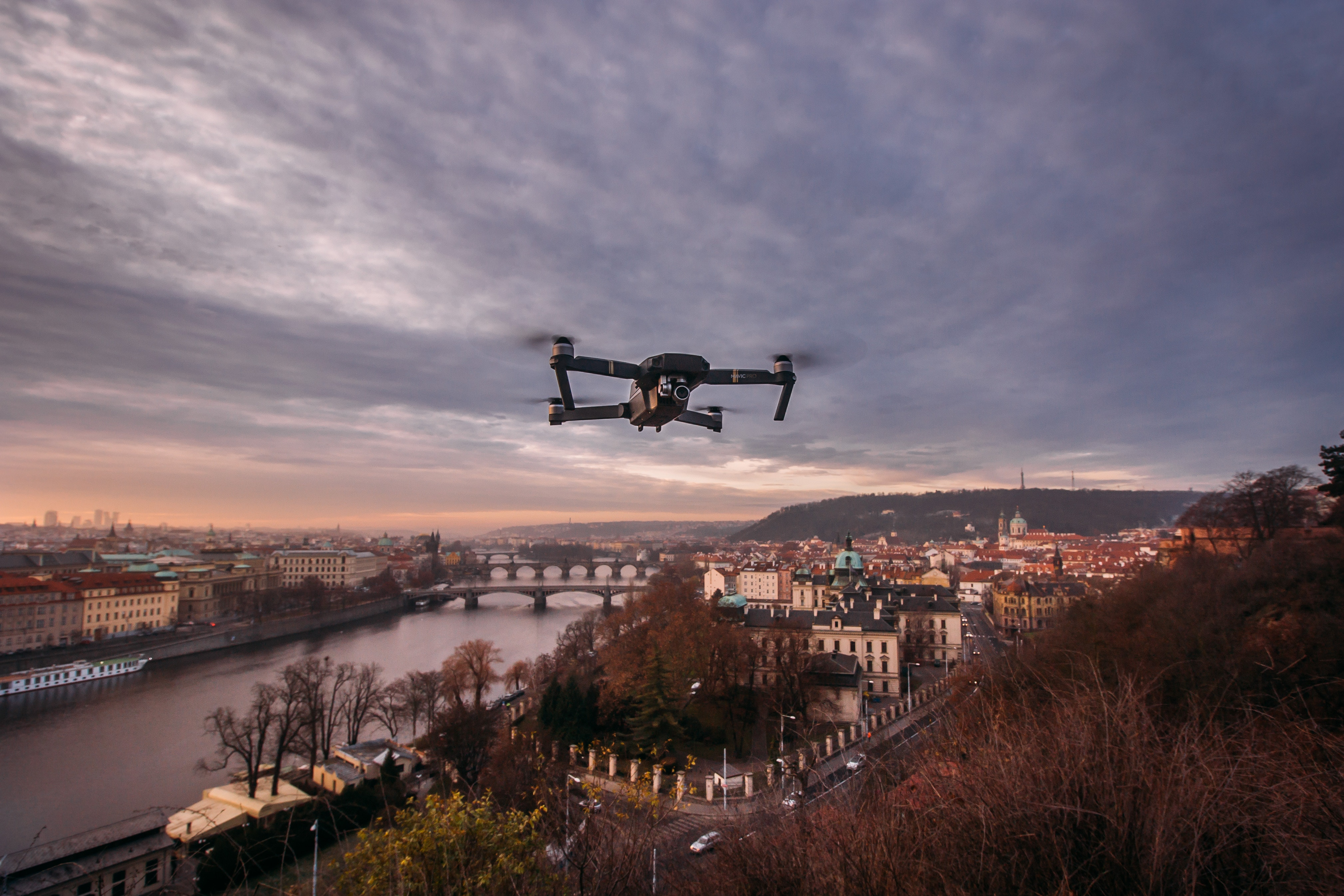 Autonomous Things Impacting the Conventional Workplace